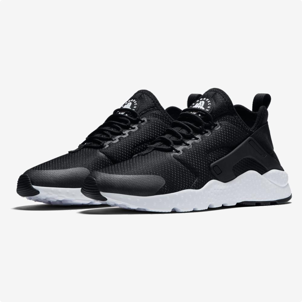 Tenis | Nike® WMNS Huarache Run Ultra Negros- blanco