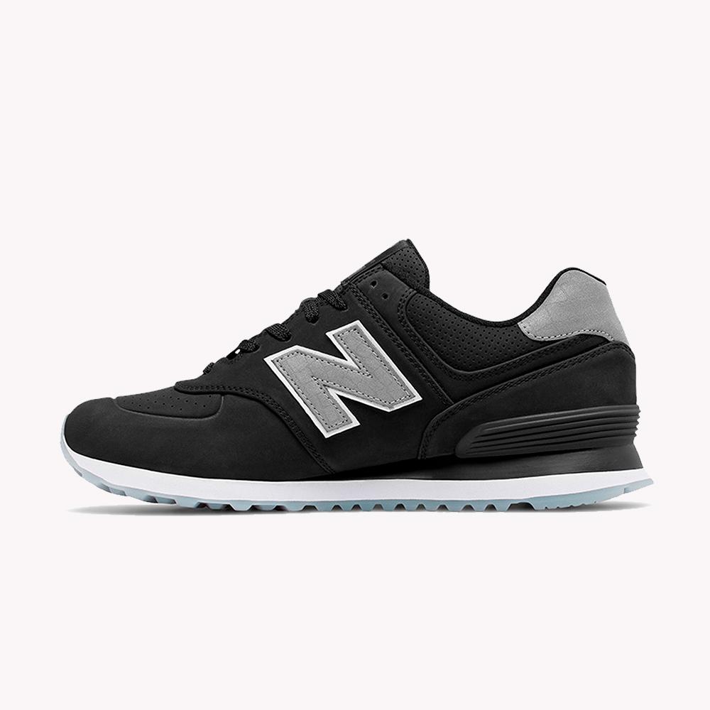 New Balance® Classics Tradionnels 574 Negro mate-gris