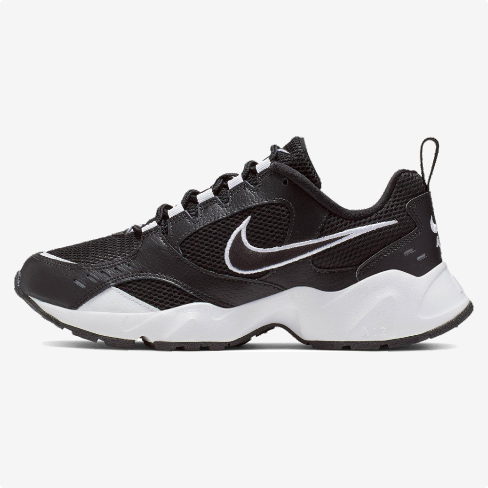 Tenis   Nike® WMNS Air Heights Negros