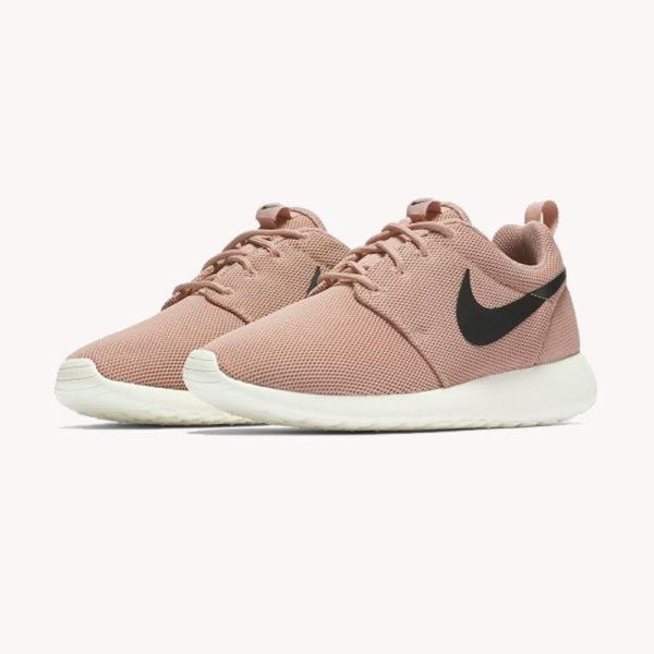 Tenis Nike WMNS Roshe One Rosa
