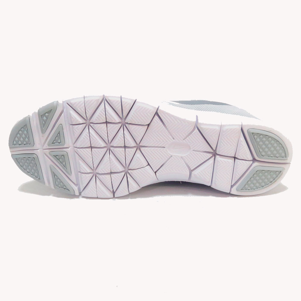 Tenis   Nike® Flex Essential TR Gris