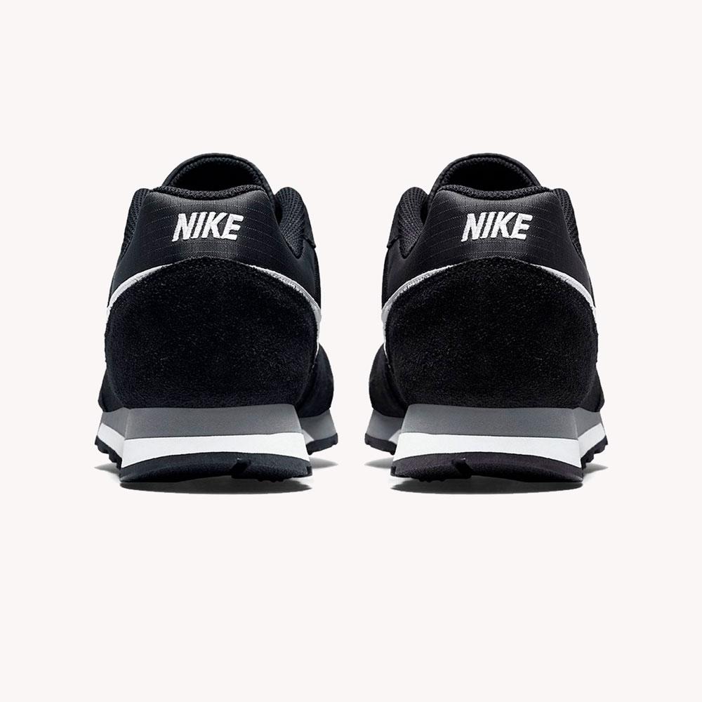 Tenis   Nike® MD Runner 2 Negro/Blanco